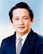 3. 第三任总会长 - 拿督王启真局绅 (2002 - 2005)